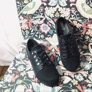Camper Black Lace Up Suede Oxfords size 36